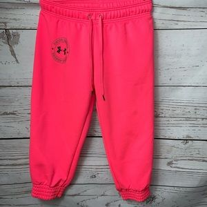 EUC UA Neon Pink Cuff Capri Sweatpants Small